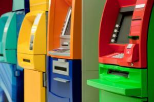 iStock_000014948913XSmall_bankomaty