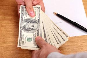 Как и кому выплачивать кредит в случае закрытия, ликвидации банка?