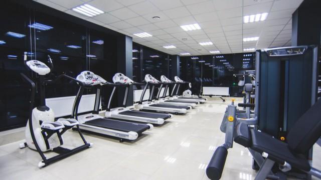 Мебель и оборудование для спорт-клуба