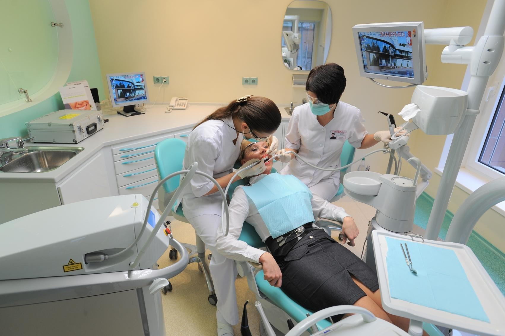 Прием стоматолога